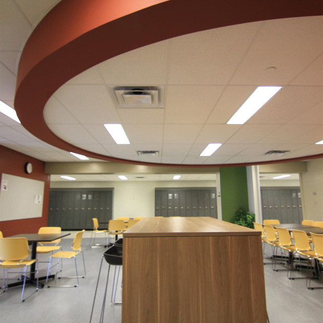 Mount Royal Collegiate Institute Saskatoon Trades And Skills Centre