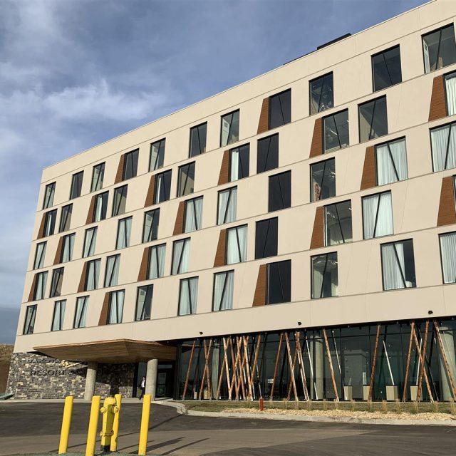 Dakota Dunes Resort Hotel